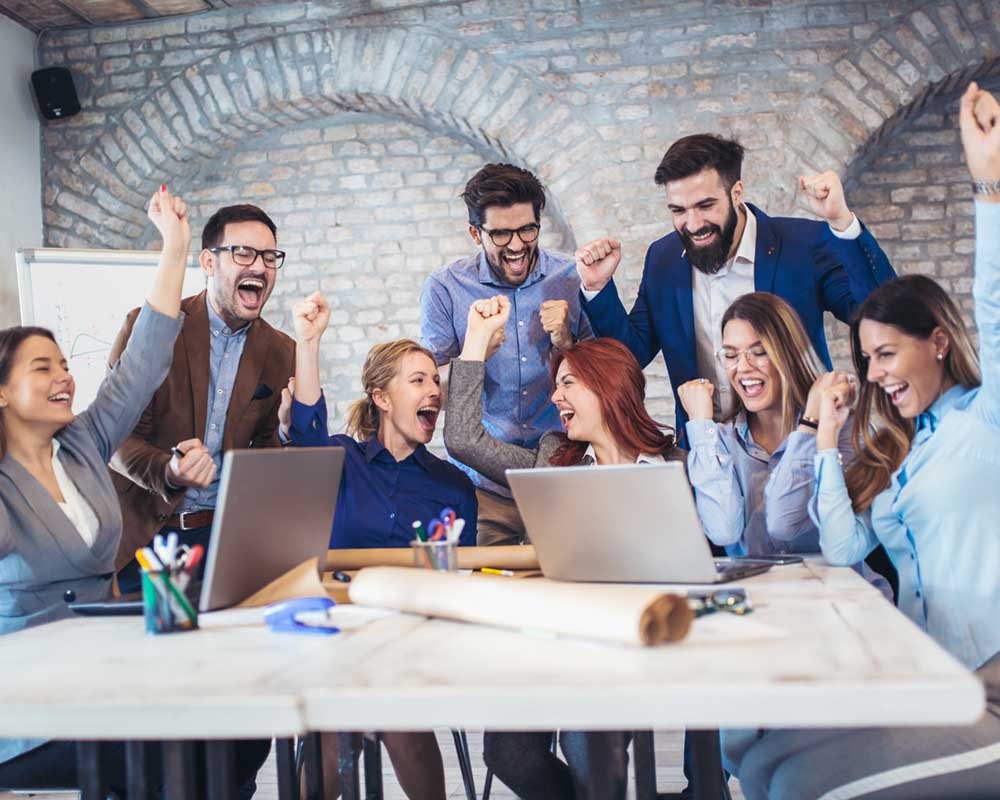 Successful entrepreneurs and business people achieving goals